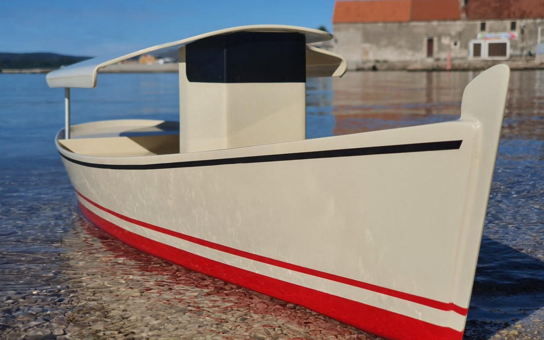 Poduzetnik iz Sv. Filip i Jakova napravio brod od reciklirane plastike