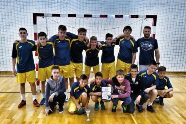 Na županijskom finalu u rukometu za dječake - ekipa naše škole osvojila 2. mjesto.