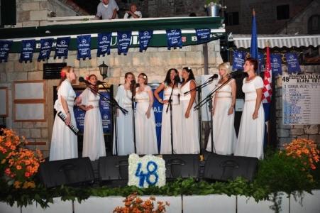 Klapa KARMEL na 48. Festivalu dalmatinskih klapa Omiš 2014.