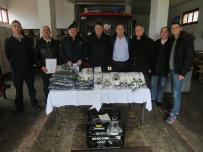 Donacija vatrogasne opreme od strane DUZS-a