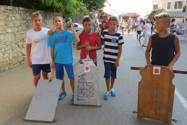 U Sv. Filip i Jakovu održano drugo prvenstvo u vožnji drvenih karića