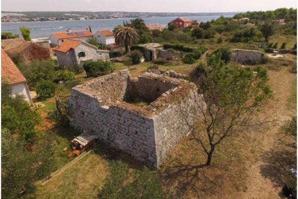Ministarstvo kulture odobrilo 50.000 kn za projekt sanacije Bastiona na otoku Babcu