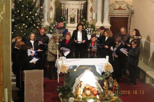"""Božićni koncert """"U sve vrime godišta"""": Pjesmom donijeli Turanjcima radost"""