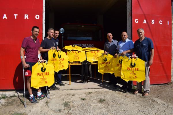 Općina Sv. Filip i Jakov donirala novu vatrogasnu opremu DVD –u Sv. Filip i Jakov