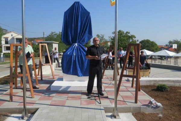 Otkrivanje spomenika i trga u naselju RAŠTANE DONJE