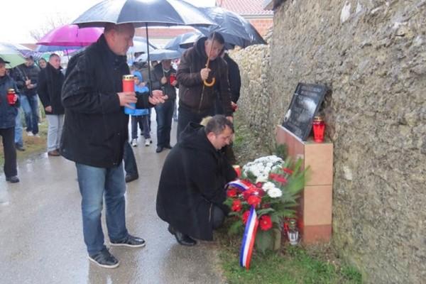 U TURNJU I ZEMUNIKU Obilježena obljetnica pogibije Danijela Mandića