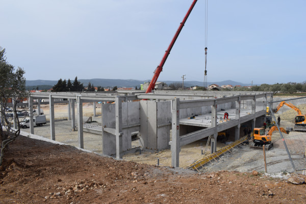 Supermarket Plodine u Sv. Filipu i Jakovu: Novi trgovački centar uskoro gotov, traže se i zaposlenici