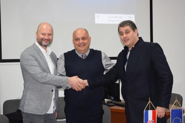 Općina Sv. Filip i Jakov potpisala dva ugovora koji će omogućiti nastavak projekta društveno poticane stanogradnje