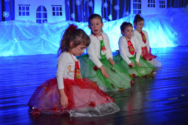 "Održan ""Božićni prvi ples"" u Sv. Filipu i Jakovu"