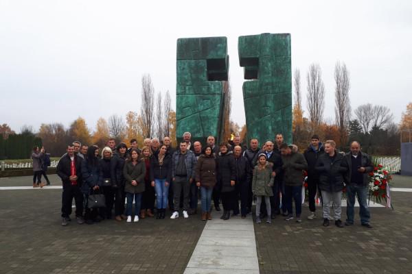 Općina Sv. Filip i Jakov posjetila i odala počast gradu Vukovaru